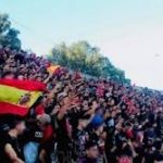 علم اسبانيا في مبارة وطنية