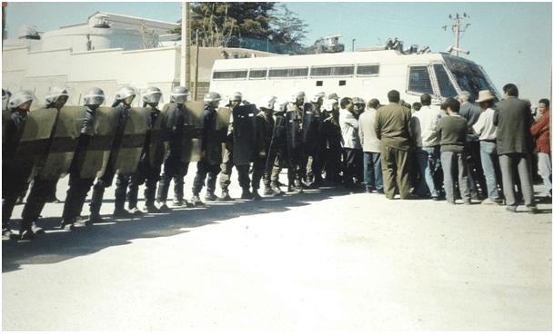 رَصاص الأمنْ يرد على مطالب العمالْ